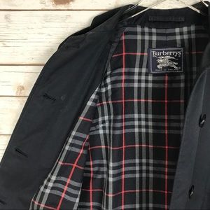 Burberry Vintage Coat Single Breasted Navy Belted with Nova Check Interior